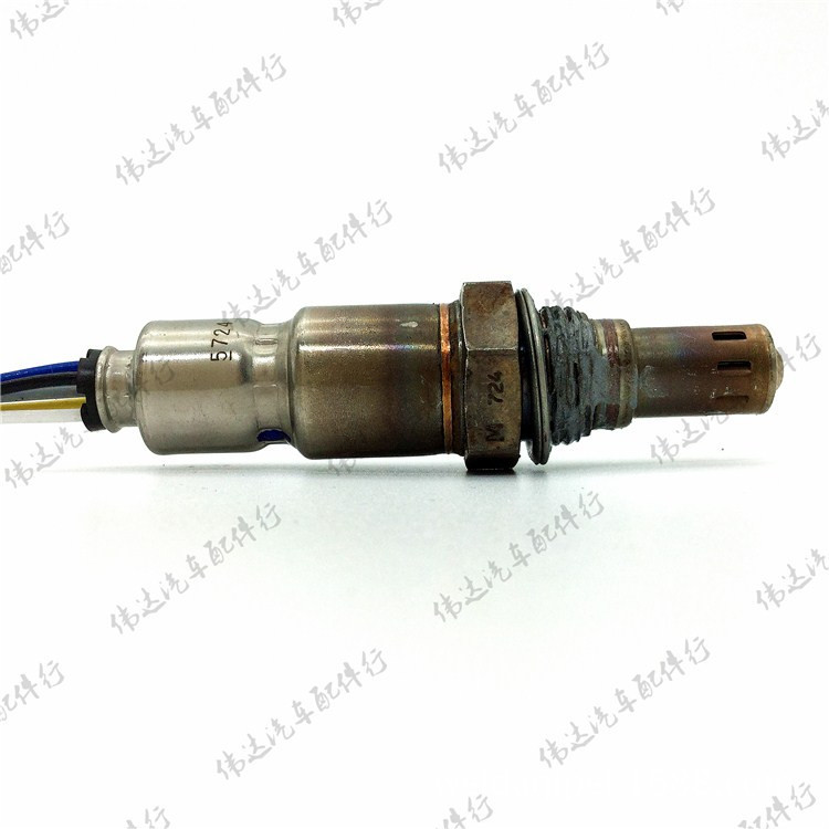 Free Shipping For Volvo oxygen sensor front oxygen UAA0004-MM002 [sa] german original battery oom202 oxygen oxygen sensor is fully compatible maxtec max 12 max 16