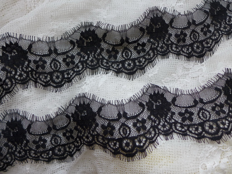 7CM Wide Elegant Black And White Eyelash Lace Trimming Chantilly Lace Trim Used For Lace-shopper,Wedding Dress