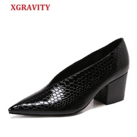 XGRAVITY Crocodile Pattern Designer Vintage Evening Shoes Ladies Fashion Pointed Toe V Cut Woman Shoes High Heel Pumps Sexy C076