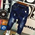 Отверстие джинсы детские джинсы мальчики девочки брюки повседневные брюки весна осень детей брюки темно-синий мода детская одежда 2-7лет