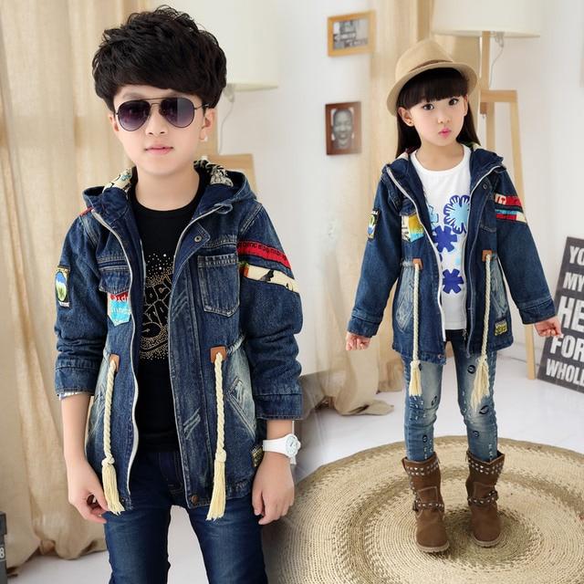 8306dc18aa33 2018 frühling Herbst Kinder frauen Casual Lange Denim Jacke Jungen   Mädchen  Mode Verstärktes Ripped Mit