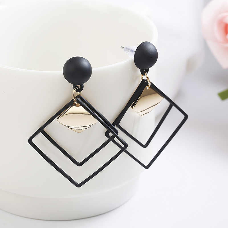 Fashion Jewelry Temperament Long Matte Pendant Earrings Korean Wild Sequins Geometric Earring Female Elegant Statement Earrings