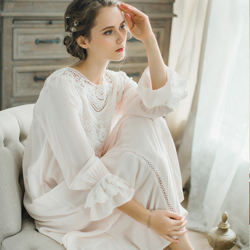 3c427dc0c9 Detail Feedback Questions about 2018 Royal Court Lace Cotton Nightgown  Princess Long Sleeve Nightdress Ladies Sleepwear White Women s Nightwear on  ...