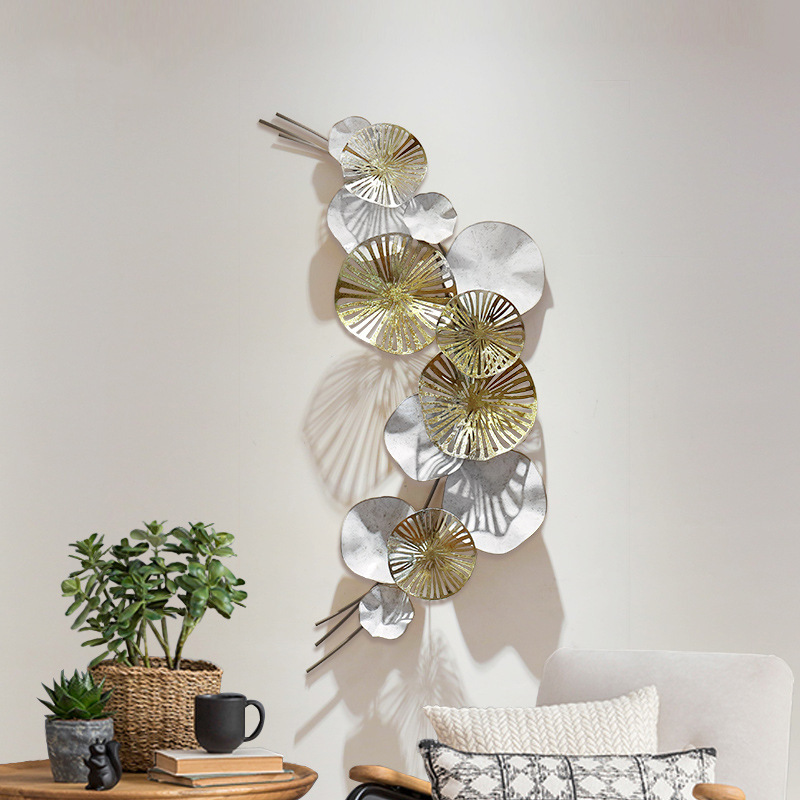 Modern Wrought Iron Metal Lotus Leaf Luxury 3D Stereo Mural Craft Wall Decoration Sofa Background Wall Hanging Home Decor R1255Modern Wrought Iron Metal Lotus Leaf Luxury 3D Stereo Mural Craft Wall Decoration Sofa Background Wall Hanging Home Decor R1255