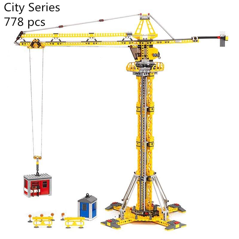 CX 02069 Model building kits compatible with lego city 7905 City Series Genuine 778Pcs building blocks The Building Crane Set