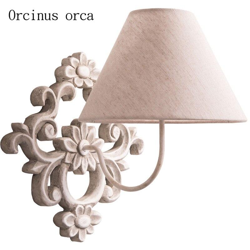 Applique murale en bois massif Antique français lampe de chevet de chambre à coucher de salon style américain applique murale sculptée simple et élégante