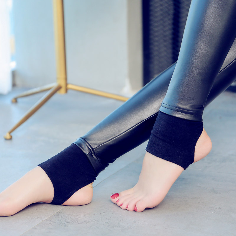 New Women Elastic Velvet Pants Female PU Leather Pants High Waist Warm Winter Sexy Slim Plus Size Pencil Trousers