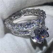 Женское кольцо из серебра 925 пробы с фианитом 3 карата