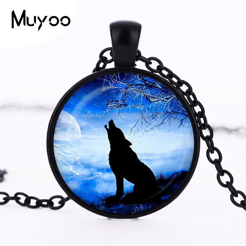 2017 new Handicraft collier Accessories Wolf Pendant Blue Moon Necklace Silver plated Round wolf pendant jewelry Wholesale HZ1