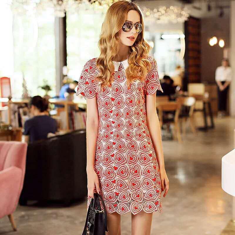 Été femmes nouvelle robe femmes a-ligne à manches courtes creux coeur broderie robe décontracté Commuter robes femmes