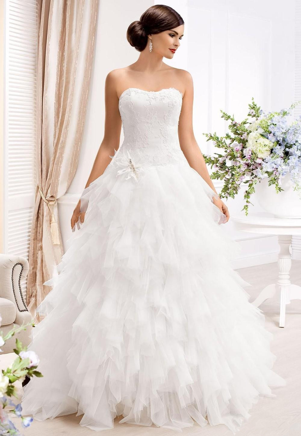 2015 sweetheart a line wedding dresses with detachable for Removable tulle skirt wedding dress