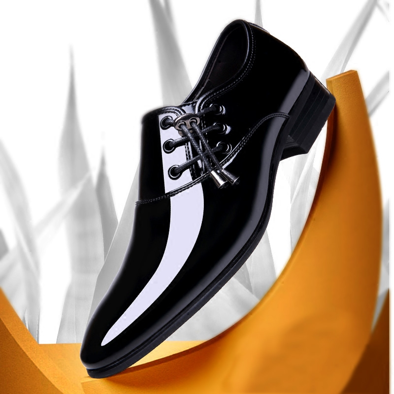 Classic Oxford Shoes Man Party Footwear Italian Style Men Patent Leather Men Dress Shoes 2019 Pointed Toe Wedding Shoes for Men in Formal Shoes from Shoes