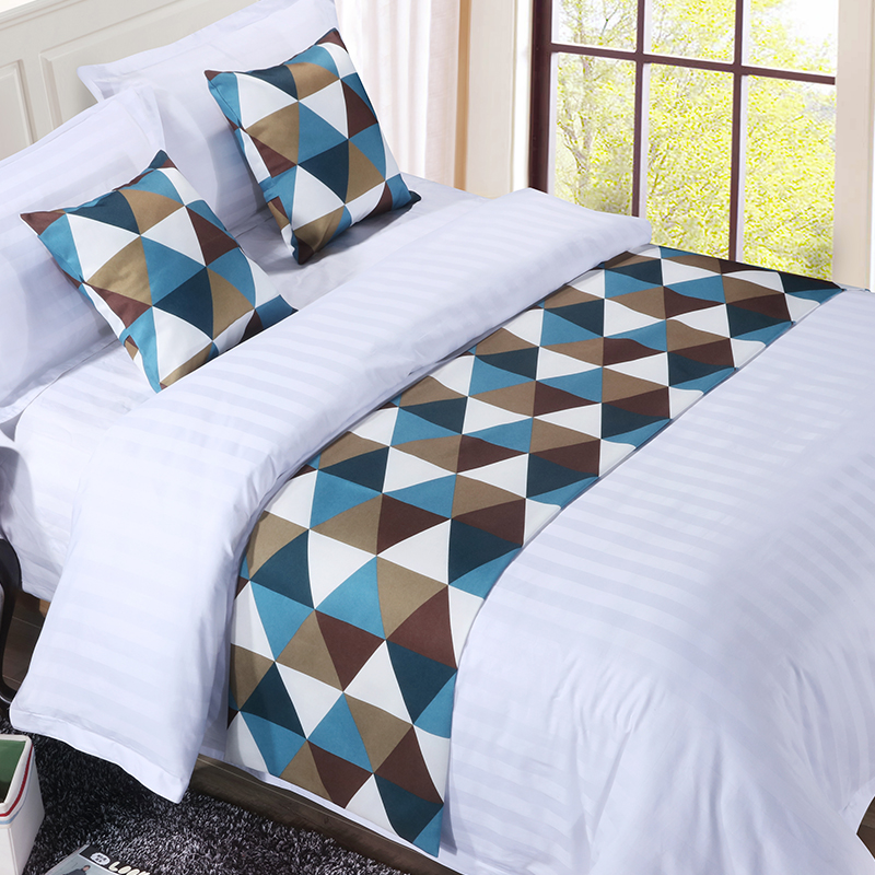 Bed linen high-grade hotel bed towel Geometric triangle pattern bed flag Square pattern Simple style  bed table runner