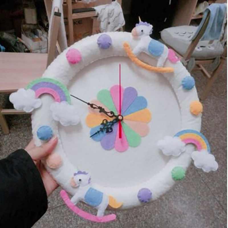 2 Gaya Lucu DIY Dinding Clock Bebas Cutting Merasa Bahan Kain Hewan Handmade Kain Jam Rumah Menggantung Hiasan