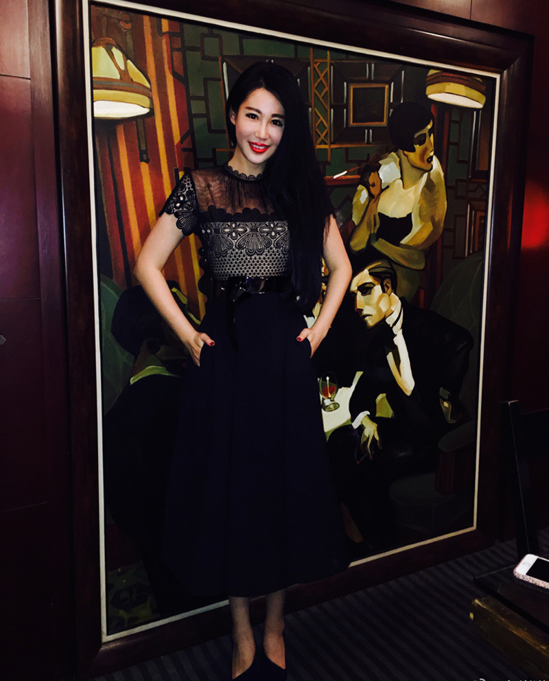 5d72de4e2aa0 2016 Vintage Self Portrait Felicia embroidery Midi Dress Black Lace Mesh  Pleated A Line Long dress-in Dresses from Women s Clothing on  Aliexpress.com ...