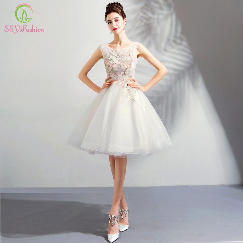 SSYFashion New Short   Cocktail     Dress   Sweet White Lace Appliques Beading Sleeveless Knee-length Party Formal Gown Robe De Soiree