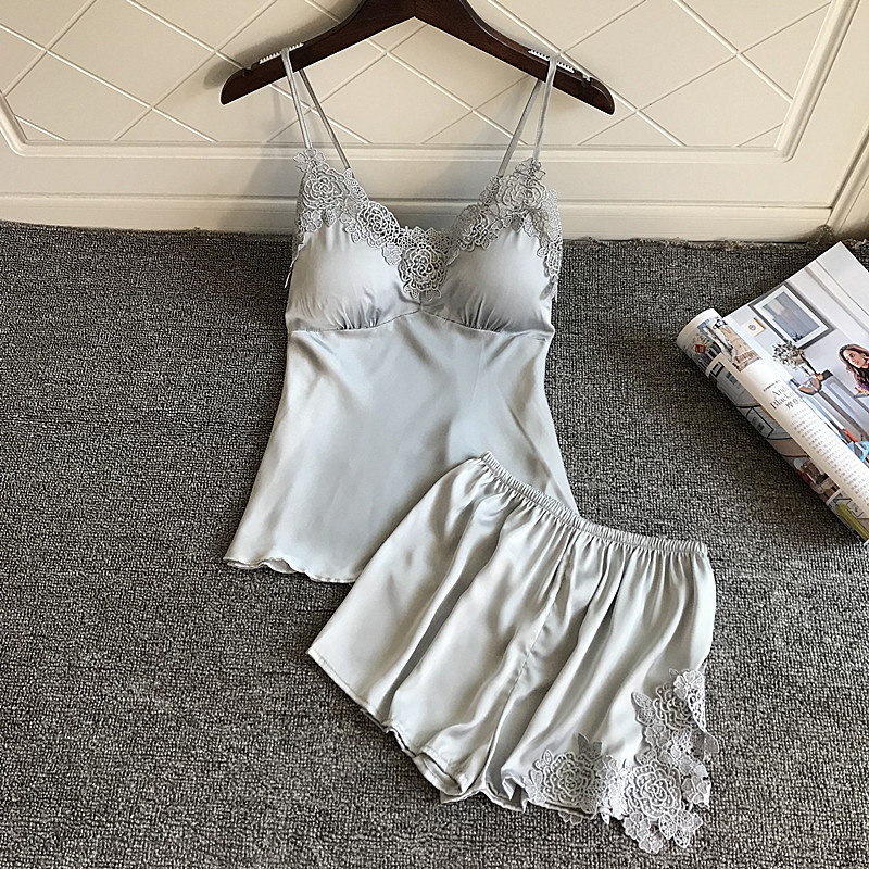 2019 Summer Solid Color Pijama Women Sexy   Pajamas     Sets   Lace Vest Shorts Satin Silk Spaghetti Strap Pyjama Elegant with Chest Pad