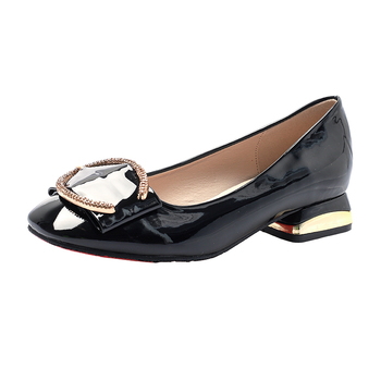 2019 New Woman Patent Leather Pumps Point toe Classic Square Heel Black Patent Leather Size 33-43 Office Lady High heels