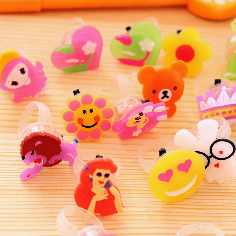 Hot Selling Christmas Toys Plastic Luminous Toy Gifts Children