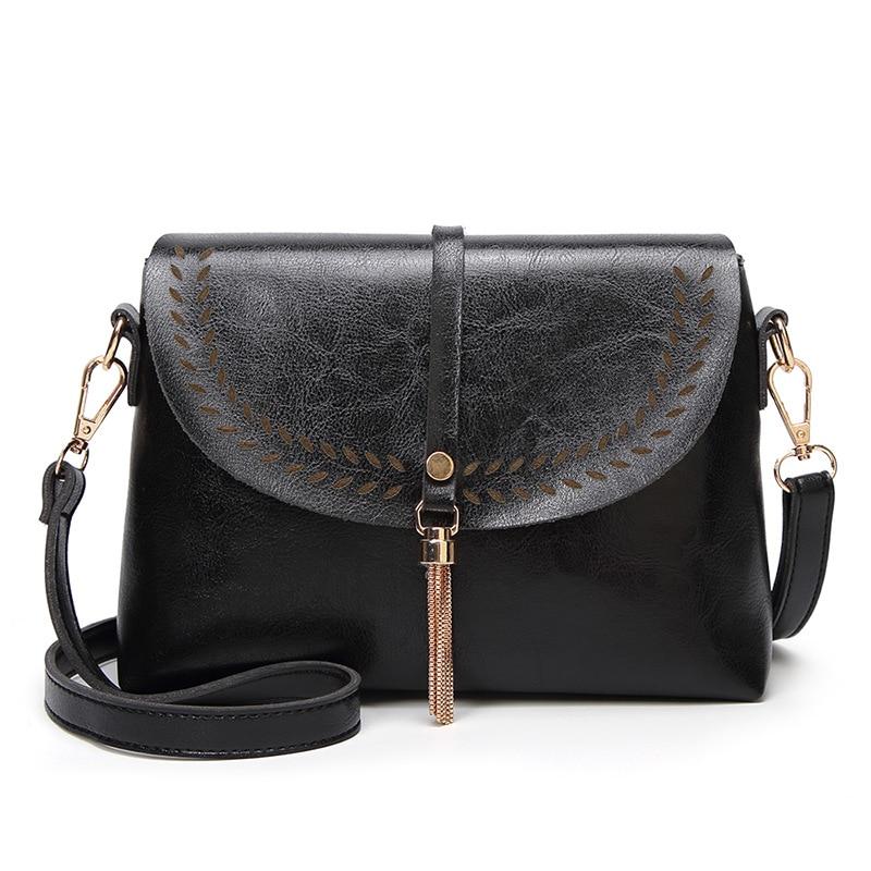 New Women's Shoulder Bag Trend Ladies Messenger Bag Red Black Brown Dark Purple Hollow Tassel Fashion Solid Color Bags