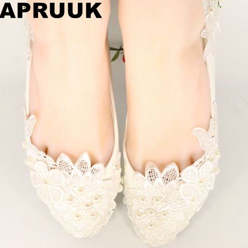 Lace wedding flats shoes woman lace pearls bridal bridesmaid sweet handmade wedding shoes plus size 40 41 in stock ivory fashion lace flowers flat heel wedding shoes woman pearls ankle beading beaded anklet sweet flower girls bridesmaid shoes