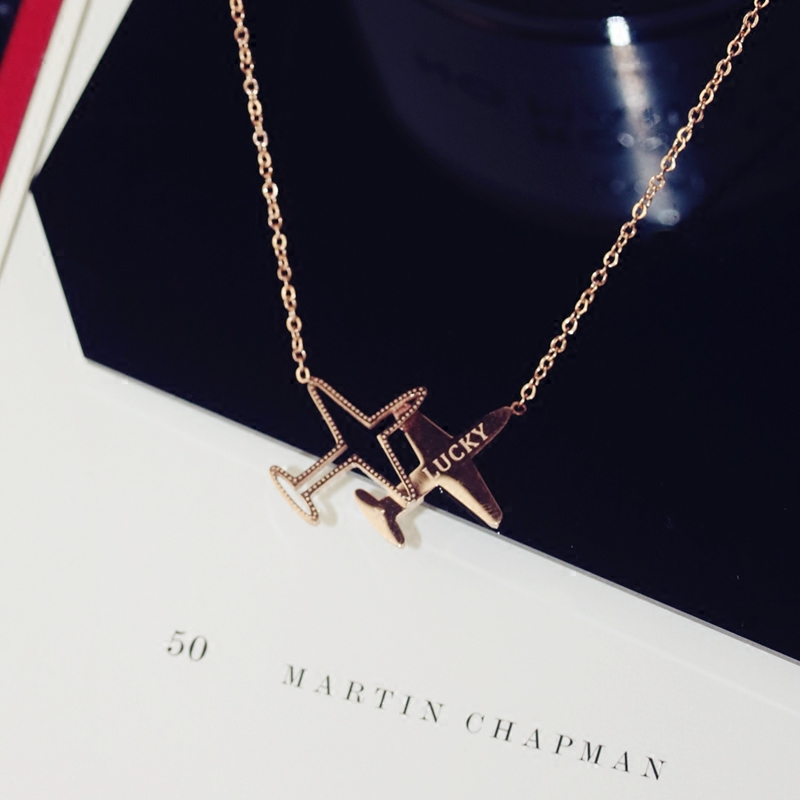 YUNRUO New Arrival Fashion Lucky Plane Pendant Necklace Titanium Steel Rose Gold Color Woman Jewelry Wholesale Gift for Girl