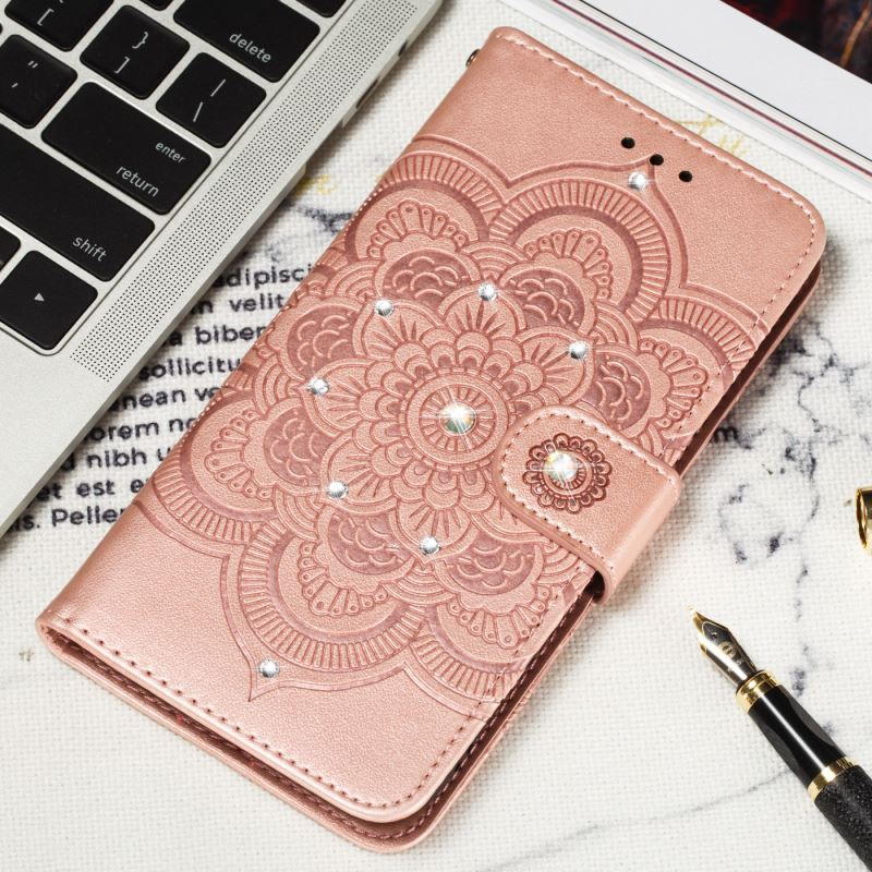 Glitter Diamond Datura Flower Phone Case sFor Xiaomi 6X A2 8 Lite 9SE Redmi Go 6A 7 Note 6 Pro Luxury Leather Lady Covers DP13H in Rhinestone Cases from Cellphones Telecommunications