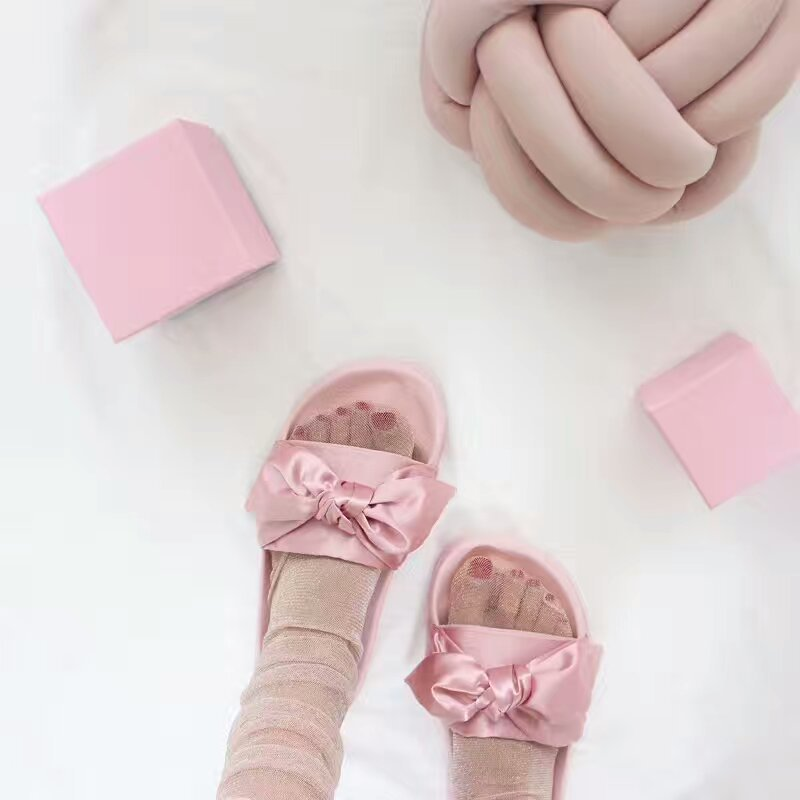 2017 Rihanna Fenty Fashion Summer Silk Bow Slides Women Beach Shoes Woman Slippers Flat Heels Flip