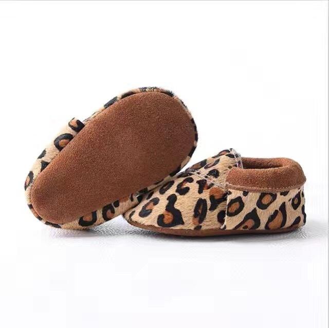 2016 Nueva caliente venta de Bebé de Cuero Genuino Mocasines Zapatos de leopardo Bebé gilrs niños Zapatos Recién Nacido primer caminante Zapatos Infantiles