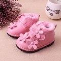 2016 Invierno Nueva Suaves Infantiles de La Flor zapatos de Bebé Espesar lana Caliente Zapatos de Cuero Para la Muchacha Linda Del Niño Zapatos de Los Niños 1-3years