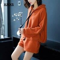 XJXKS оригинальность осенняя одежда свободные стиль комплект из 2 предметов для женщин пуловер с капюшоном свитер + шорты для