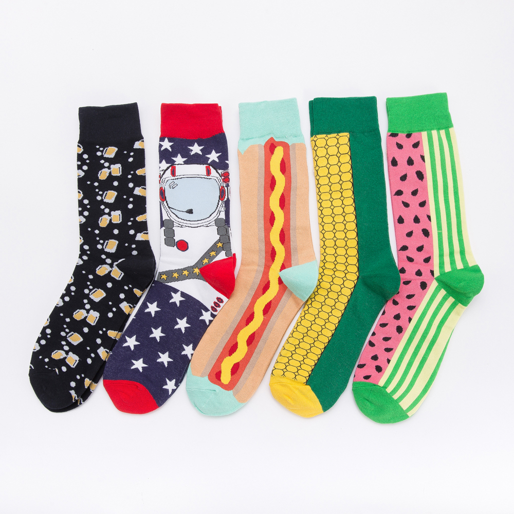 Jhouson 1 Pair Colorful Men's Cotton Crew Funny Socks Watermelon Corn Spaceman Pattern Novelty Skateboard Socks For Gifts
