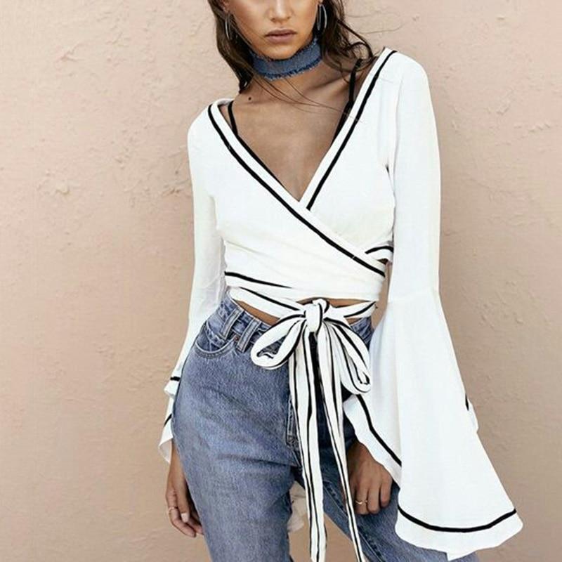 الأبيض التفاف بلوزة مثير الخامس الرقبة جرس كم الصليب ضمادة المحاصيل قمم المرأة الصيف 2018 التعادل الخصر blusa قصيرة