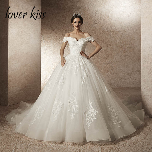 Lover beijo vestido de noiva vestido de noiva vestido de noiva de luxo miçangas fora do ombro com trem robe mariee mariage