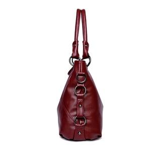 Image 2 - Moda 2018, Bolsos De Mujer con borla, bolso de hombro de diseñador, bolsos de piel sintética de alta calidad, bolso de mano con cadena para mujer, bolso de mano