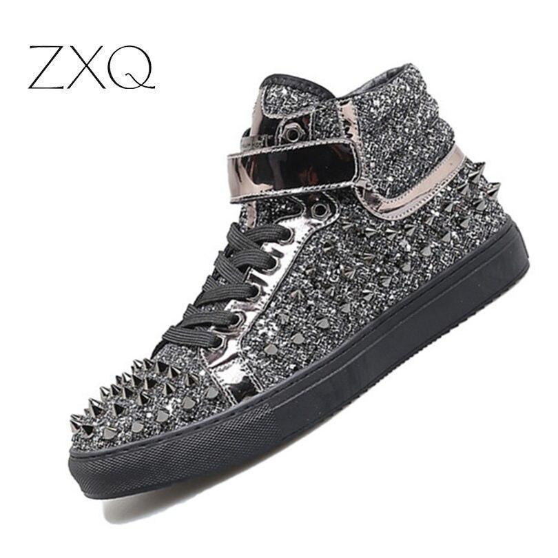 Noir argent cuir de vache Rivets hommes chaussures haut-haut à la mode Spike Sneakers chaussures en plein air appartements occasionnels chaussures Chaussure Homme