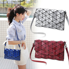 Купить с кэшбэком 2018 Women Handbags New Fashion Women Luminous Sac Bag Geometry Shoulder Bag Laser Female Messenger Bag