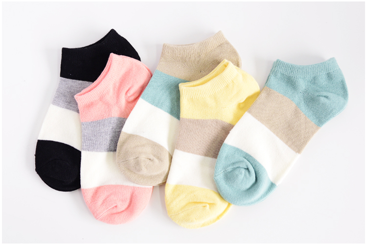 Hot sale!1lot=10pcs=5pair cotton socks cute polka dot women socks soft candy invisible short socks hosiery female Wholesale 10