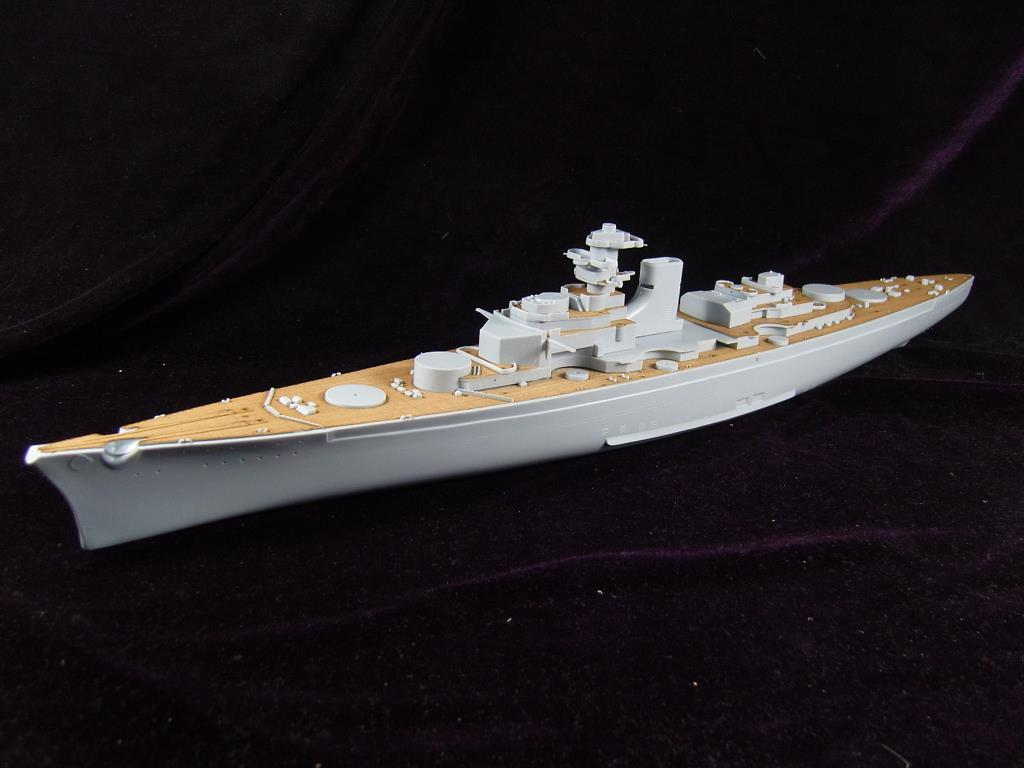 Heller81078 Bismarck battleship wood deck ARTWOX AW50012