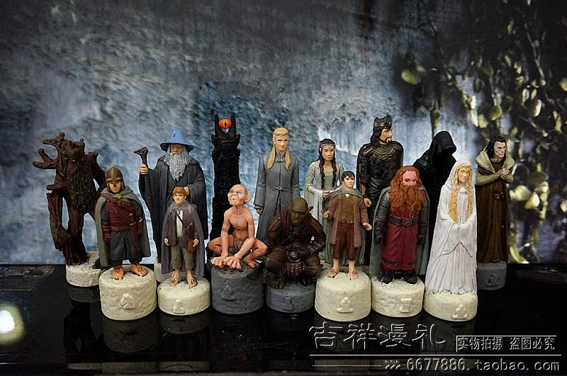 pvc figure SimulationThe simulation model toy  Lord RING Chess board game chess hand model ornaments 11pcs/set pvc figure the simulation model toy decoration tokyo tr ibe doll ornaments 9pcs set