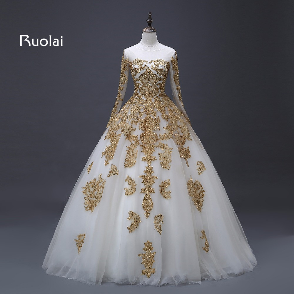 Luxury Dubai Bröllopsklänningar 2019 Tulle Lång Ärmar Golden Applique Beaded Arabisk Bollkjole Bridal Robe de Mariage ASAFN65