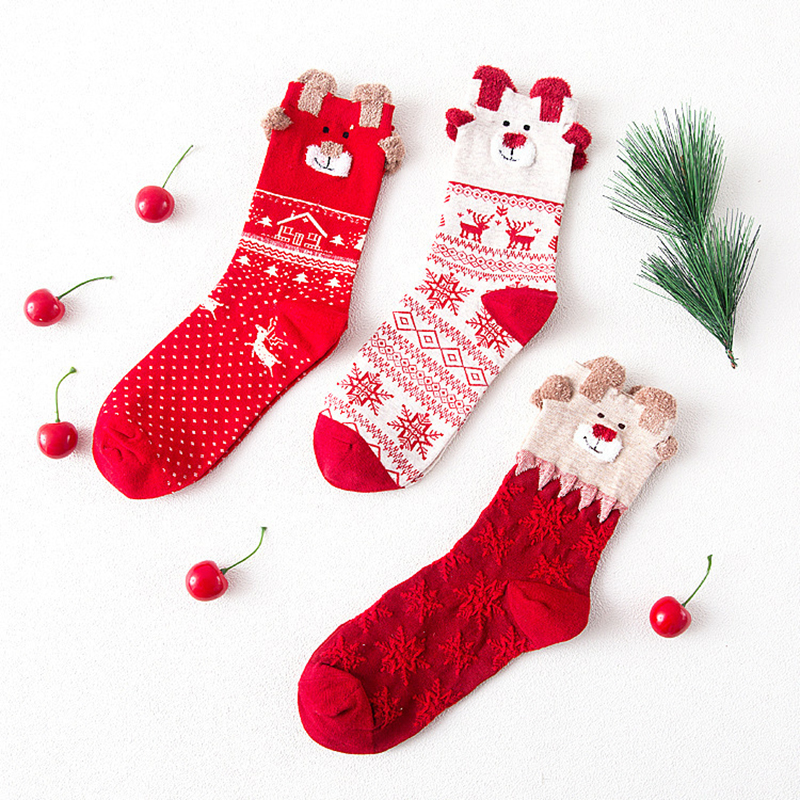 2017 Women Socks Winter Warm Christmas Socks for new year Gifts Soft Cotton Cute Santa Claus Deer Socks Xmas 3d animal print