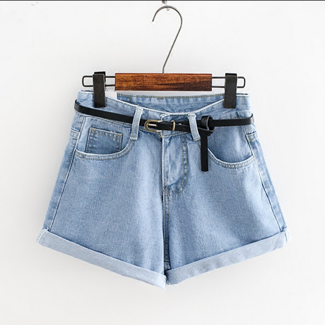2018 Womens Brand Newest Spring Summer Short Jeans Mid Waist Denim Blue Button Fly With Pockets and Belt Cuffed Shorts