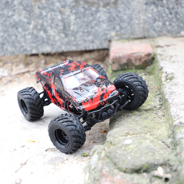 RC Car 4WD 2.4Ghz 1:18 Scale Electric Powered Off-road 30km/h High Speed RC Drift Racing Car Model Boys Toys