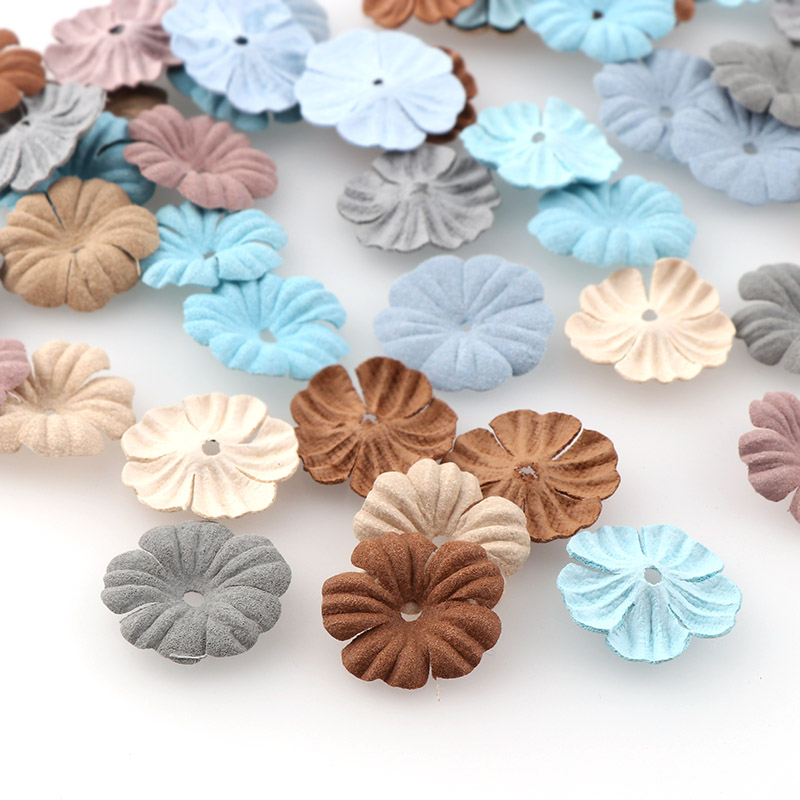 30 шт., маленькие Изысканные кожаные цветы ручной работы, искусственный цветок, украшение для свадьбы, сделай сам, венок, скрапбукинг, искусст...