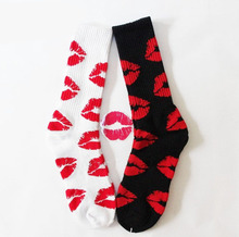 24pcs=12pair cotton Fashion red lips lipstick thicken bottom hiphop men Walking Socks 24pcs/lot