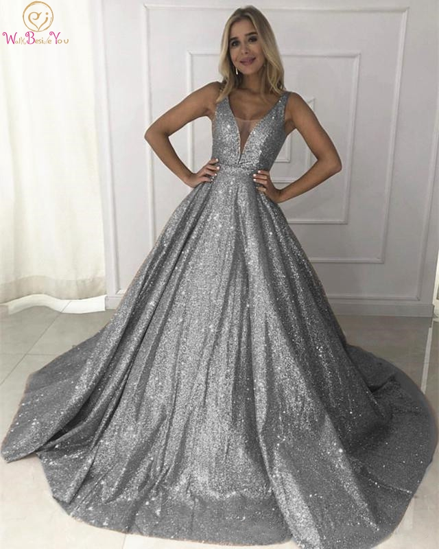 Gray Prom Dresses 2019 Sequined Bling Ball Gown Elegant Long Sheer Neck Sleeveless Sweetheart Sweep Train Evening Gown Formal