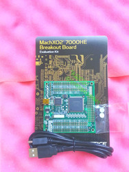 Бесплатная доставка, макетная плата MachXO2, оценочный комплект, секционная плата, LCMXO2-7000HE-B-EVN