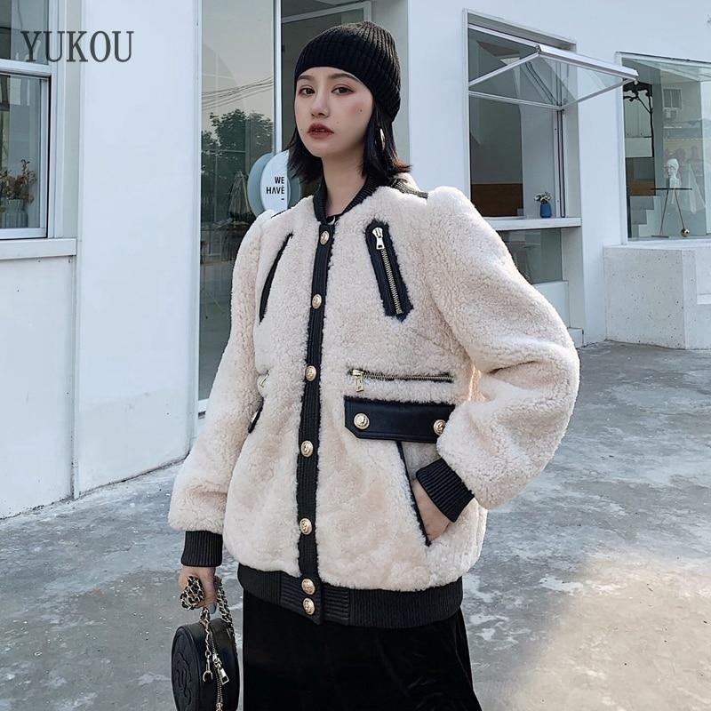 93625233cb856 Femmes-Manteau-Double-face-De-Fourrure-en-peau-de-Mouton -Et-De-Laine-Outwear-2018-Hiver.jpg