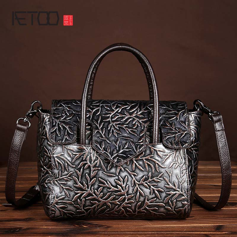 AETOO brand Embossed leather embossed first layer of leather women 's leather leisure hand bag diagonal cross - package retro aetoo europe and the united states first layer of oil wax leather men s handbag diagonal cross a4 package multi functional compu